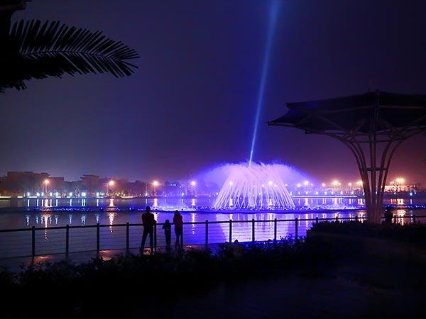 安徽铜陵东部新城区滨湖公园喷泉水景